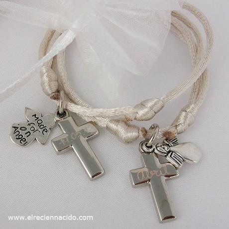 detalles bautizo pulsera angelito con el nombre del bebe