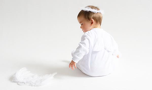 Pijama ropa bebés recién nacidos angeles angelito Atrezzo sesiones fotos El Recién Nacido