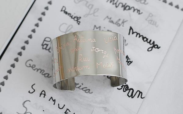 Brazalete Plata letra niños Pulseras personalizadas joyas grabadas regalos profes seños profesoras Fin de curso originales El Recién Nacido