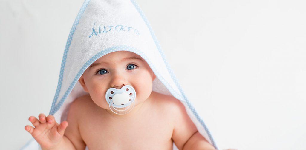 Toalla bebe bordada