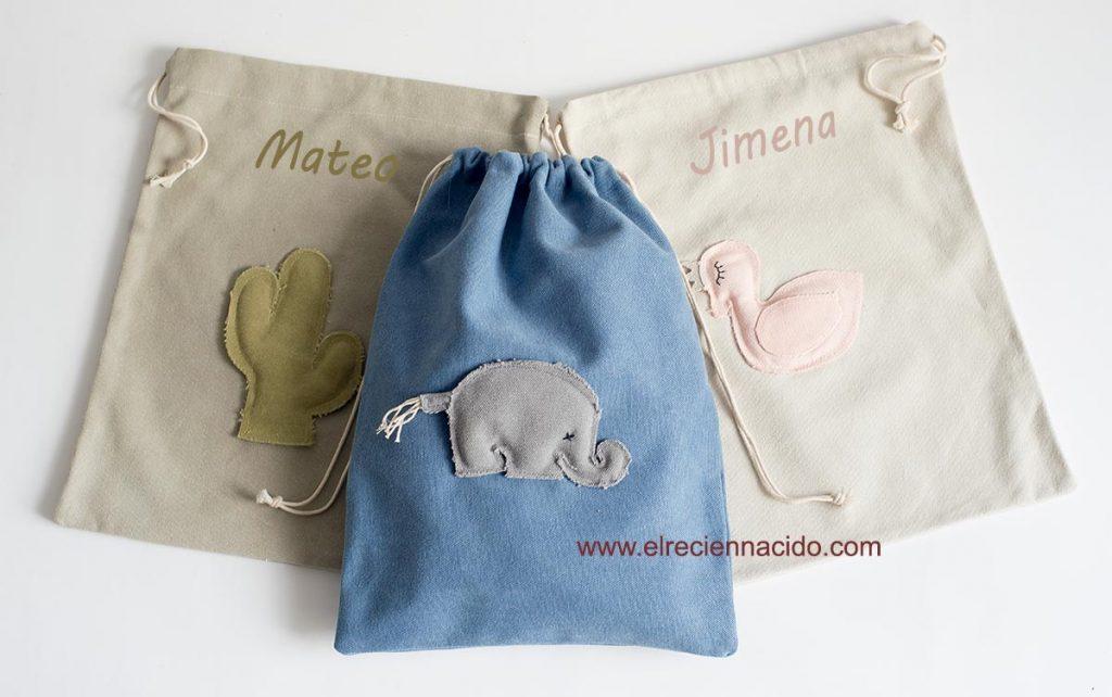 Bolsas de meriendas personalizadas con nombre de distintos colores. Con motivos de animales.