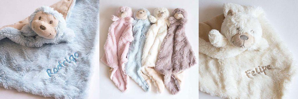 doudous-con-nombre-para-bebes en distintos colores.