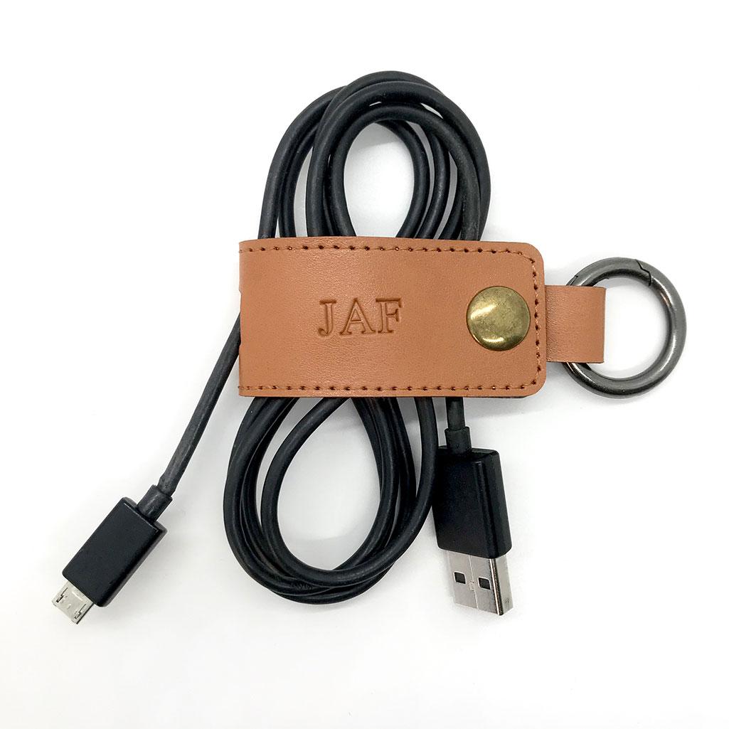 Recoge cables con iniciales