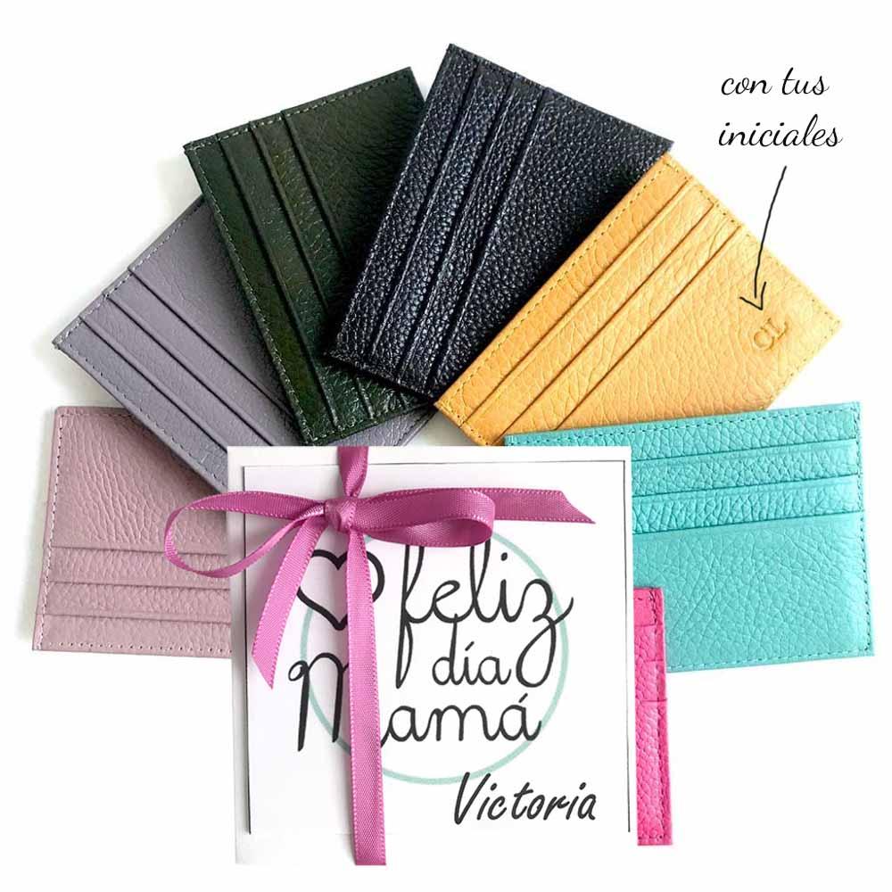 tarjeteros de piel con iniciales regalos para madres y abuelas