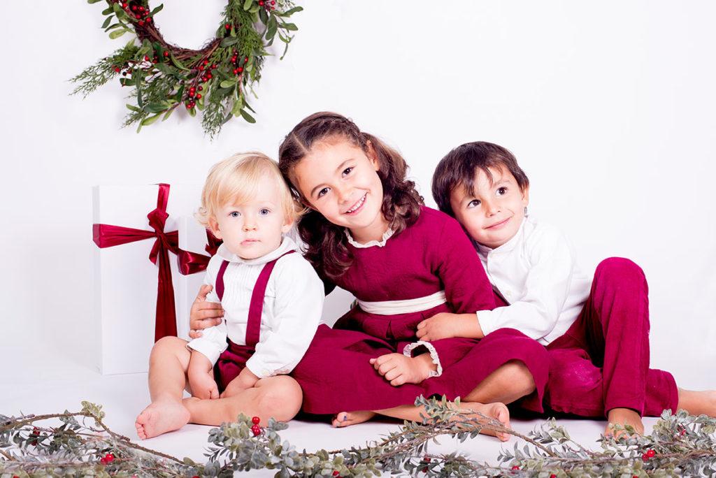 Sesiones de fotos de Navidad con hermanos